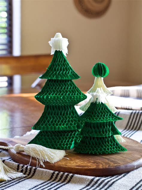 easy christmas trees how to make an easy tree centerpiece hgtv