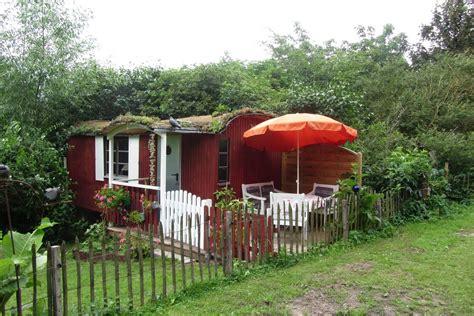 Gemütlicher Bauwagen Im Garten, Mit Duschbad Wohnwagen