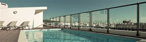 glass wall fences for pools and views in riverside san