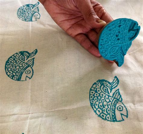 how do i print on fabric the making of indian block print fabric desicrafts