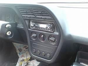 2f12633 Peugeot 405 Fuse Box