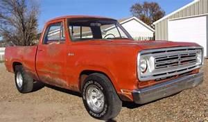 1972 Dodge D100 Pickup Short Sweptline Bed 360 V8 4 Speed
