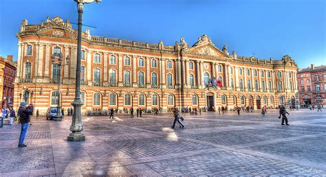 office bureau toulouse simple place du capitole toulouse with toulouse