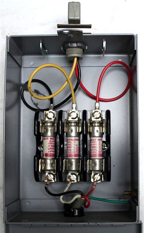 In Fuse Box by Industrial Electric Feedrail Fusible Connector Box