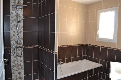salle de bain marron et beige photo 2 7 3513774