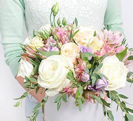 Bouquet De Fleurs Pas Cher Livraison Gratuite : livraison de fleurs fleurs en linge ~ Teatrodelosmanantiales.com Idées de Décoration