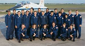 File:1990 NASA Astronaut Group.jpg - Wikimedia Commons