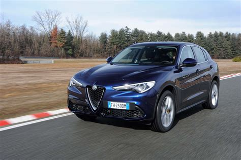 2018 Alfa Romeo Stelvio Q4 First Drive Review