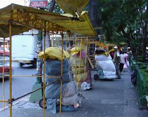 Street Vendors in Mexico City at Structural Patterns
