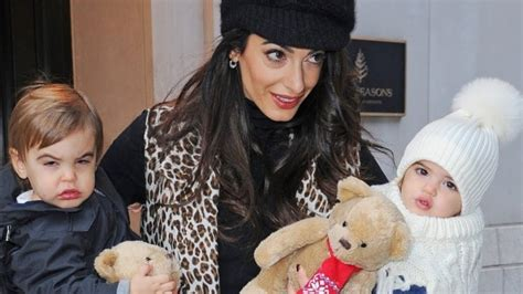 Jun 18, 2020 · lovebirds george clooney and amal clooney became a family of four upon welcoming their twins, ella and alexander, in june 2017. George Clooney, Amal Clooney Divorce Rumors: Amal to Dump George as she wants More Kids - BlockToro
