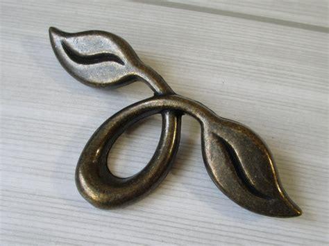 Leaf Cabinet Pulls by 2 Quot Dresser Pull Drawer Pulls Handles Antique Bronze