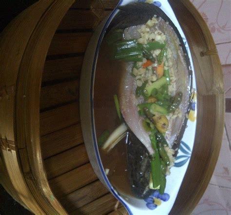 Jika bumbu sudah meresap, tambahkan daun bawang dan tomat. Resep Memasak dan Cara Membuat Ikan Gabus Pucung Khas ...