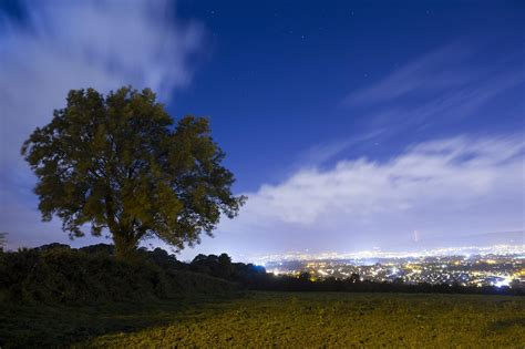 night time long exposure photography  crescent belfast