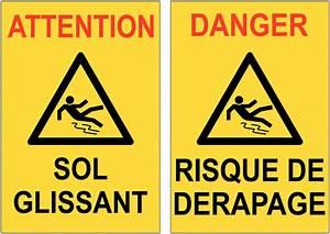 Astuce Pour Sol Glissant : balise de signalisation sol glissant et risque de d rapage ~ Premium-room.com Idées de Décoration