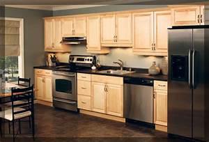 Single Wall Shaped Kitchen - KraftMaid Cabinetry