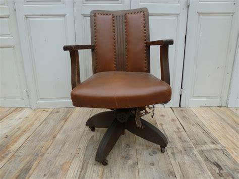 fauteuil de bureau restauration fauteuil madebymed fauteuil