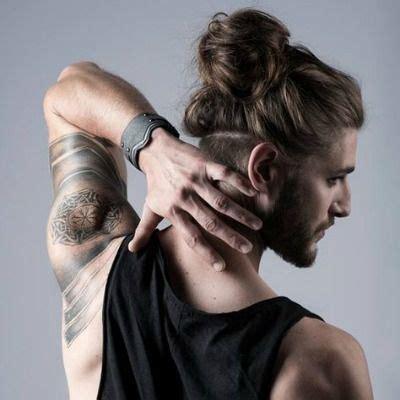 männer zopf undercut best 25 bun undercut ideas on bun hairstyles bun hair and