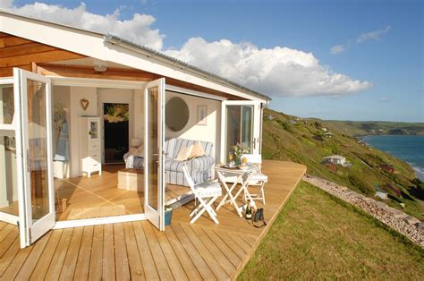 Gallery The Edge, An Idyllic Beach Cottage In Cornwall