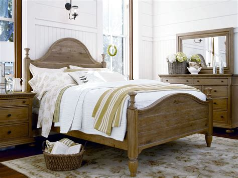 Down Home Oatmeal Bedroom Set From Paula Deen (192280b