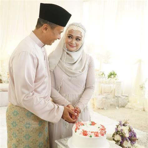 Ibu Hamil Empat Bulan 7 Gambar Sekitar Majlis Pernikahan Faye Kusairi Dan Azmi