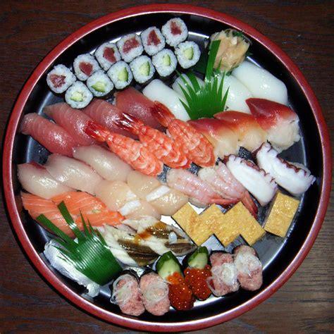 cuisine sushi file sushi platter jpg wikimedia commons