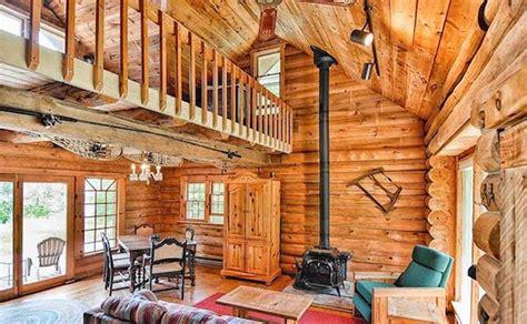 rustic cozy log cabin  lake superior log homes lifestyle