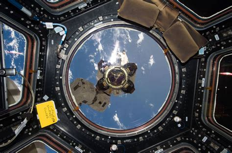 10 Awesome Images Of The Space Station's Cupola Universe