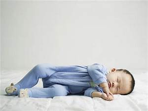Exhausted new mom's hilarious take on 'expert' sleep ...