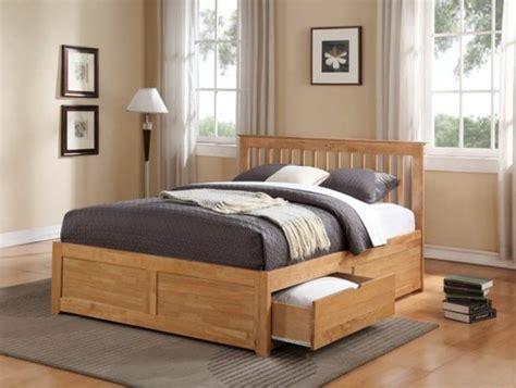 chambre avec mur en mod le de lit adulte en bois mzaol com