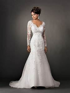 Fall lace wedding dress with sleeves sangmaestro for Long lace wedding dress