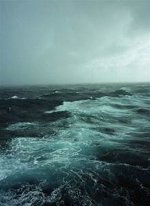 Stormy sea off the coast of Erimel – great nature ...