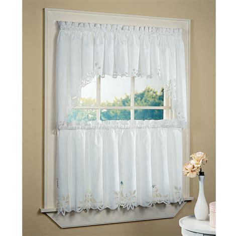 bathroom curtain ideas bathroom windows curtain ideas 4605