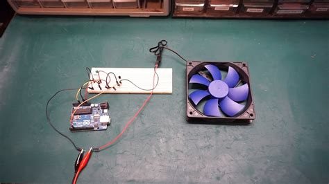 Arduino Temperature Controlled Fan Speed Youtube