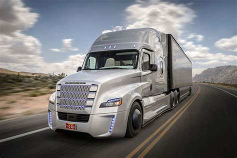 The trucking industry is worth hundreds of billions of dollars in the u.s. Semi Truck Insurance MI — Why do you need Semi-Truck Insurance in Michigan?