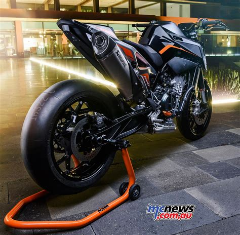 ktm duke 790 auspuff ktm 790 duke motorcycle review motorcycle tests mcnews