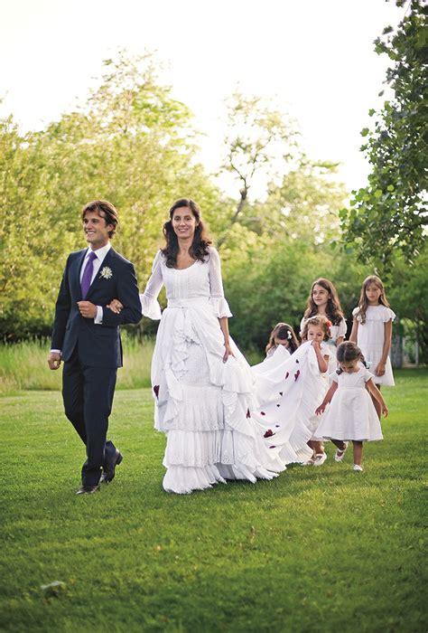 miranda brooks  wearing oscar de la renta   wedding