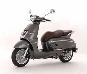Peugeot Scooter 50 : des peugeot 50 cm3 bonifi s pour 2018 scooter station ~ Maxctalentgroup.com Avis de Voitures