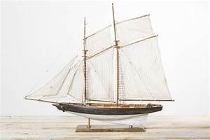Kommode Auf Alt Gemacht : segelyacht auf alt gemacht 85cm segelschiffe deko dekoration schiffe hafen und schiff ~ Bigdaddyawards.com Haus und Dekorationen