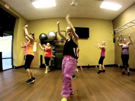 hit the floor twista hit the floor twista ft pitbull and other clips from af ghent zumba with mallory hotmess