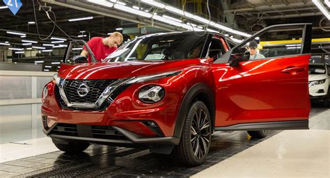 2020 Nissan Juke Goes Into Production At Sunderland Plant ...
