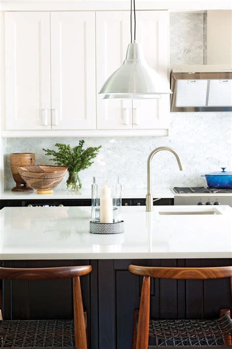 photos of kitchen backsplash kitchen makeover chatelaine s home editor designs a 4162