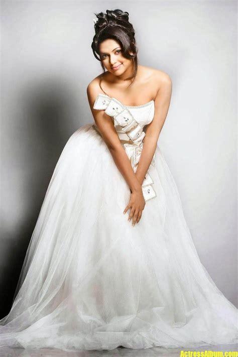 amala paul latest photoshoot  white dress actress album