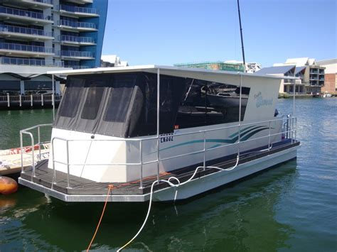 Pontoon Houseboat Prices by Houseboat House Boats Boats For Sale Aluminium