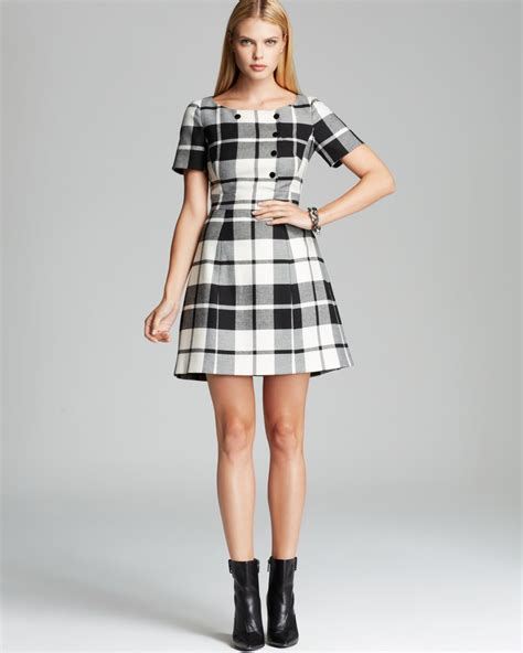 Gorgeous Plaid Dress Wearing Ideas for Young Ladies u2013 Designers Outfits Collection