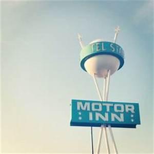 Planet Bowl Midwest City OK via flickr