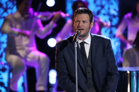 blake shelton xenia silver bells the voice the voice live eliminations december 3 review video