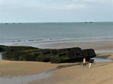 port artificiel d arromanches remains mulberry harbour arromanches les bains on tripadvisor address tickets