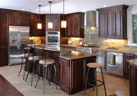 kitchen interior colors want to the best look of your kitchen use the kitchen paint colors with cherry cabinets