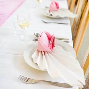 Servietten Rose Falten : servietten falten als rose sevilletas pinterest servietten falten servietten falten ~ Eleganceandgraceweddings.com Haus und Dekorationen