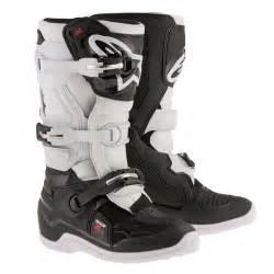 Botte Cross Enfant : botte cross alpinestars tech 7s noir blanc anais discount ~ Dode.kayakingforconservation.com Idées de Décoration